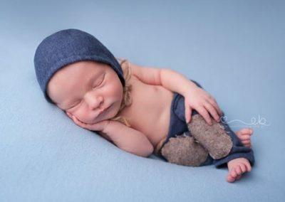 Fotografia noworodkowa czapeczka