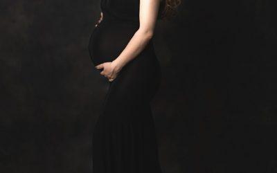 Olga z dziewczynkami / Fotografia ciążowa